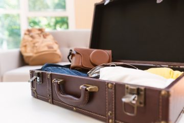 10 Life Hacks for Packing Your Suitcase