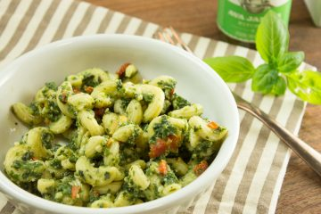 Basil Mint Pesto Pasta Salad